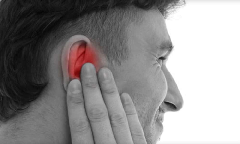 Может ли клоп залезть в ухо