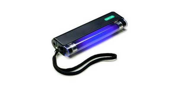 Быстрый способ избавиться от вшей при помощи ультрафиолетовой лампы