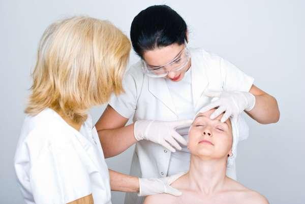 Только врач дерматолог может поставить диагноз